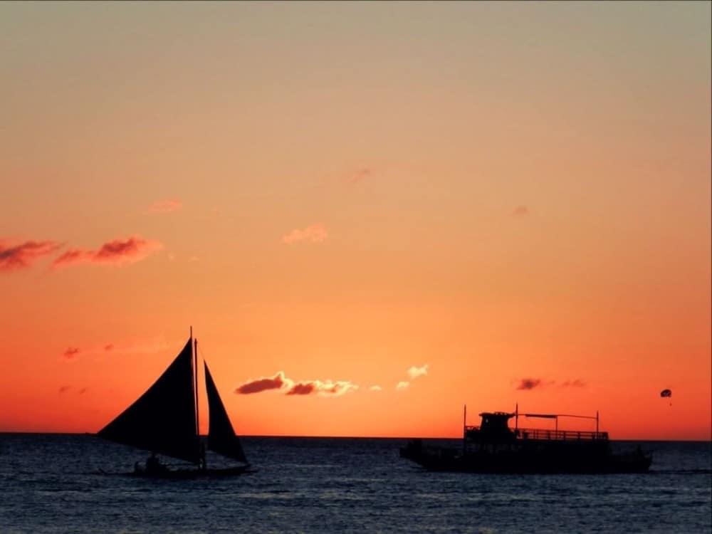 Boracay activities sunset watching