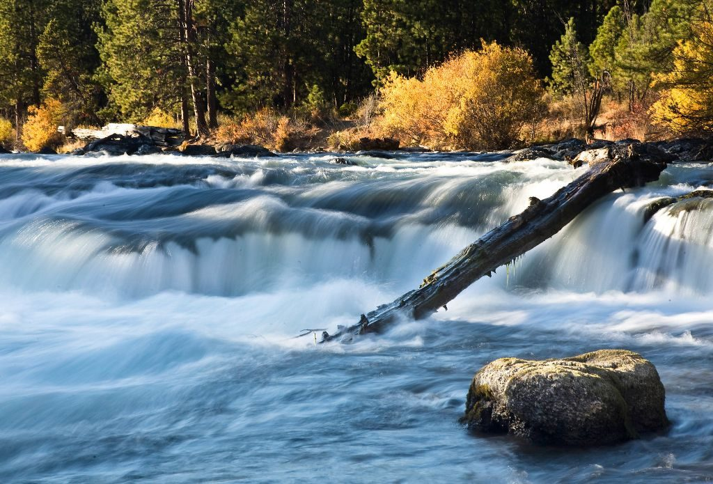 Hiking trails along Deschutes River offer some incredible scenery