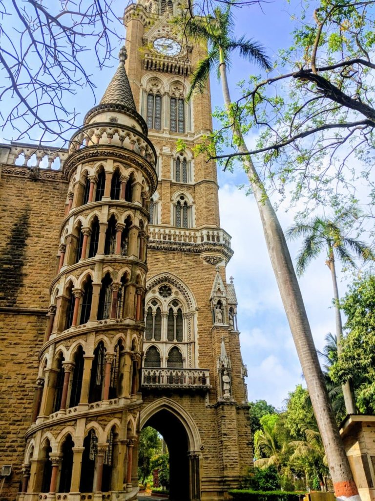 Rajabhai clock tower a must see for every Mumbai Itinerary