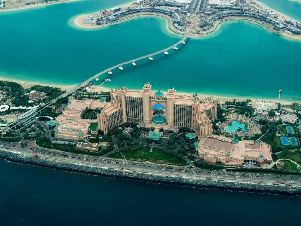 The best area to stay in Dubai for aluxury travel in 2020 - The Palm Jumeirah