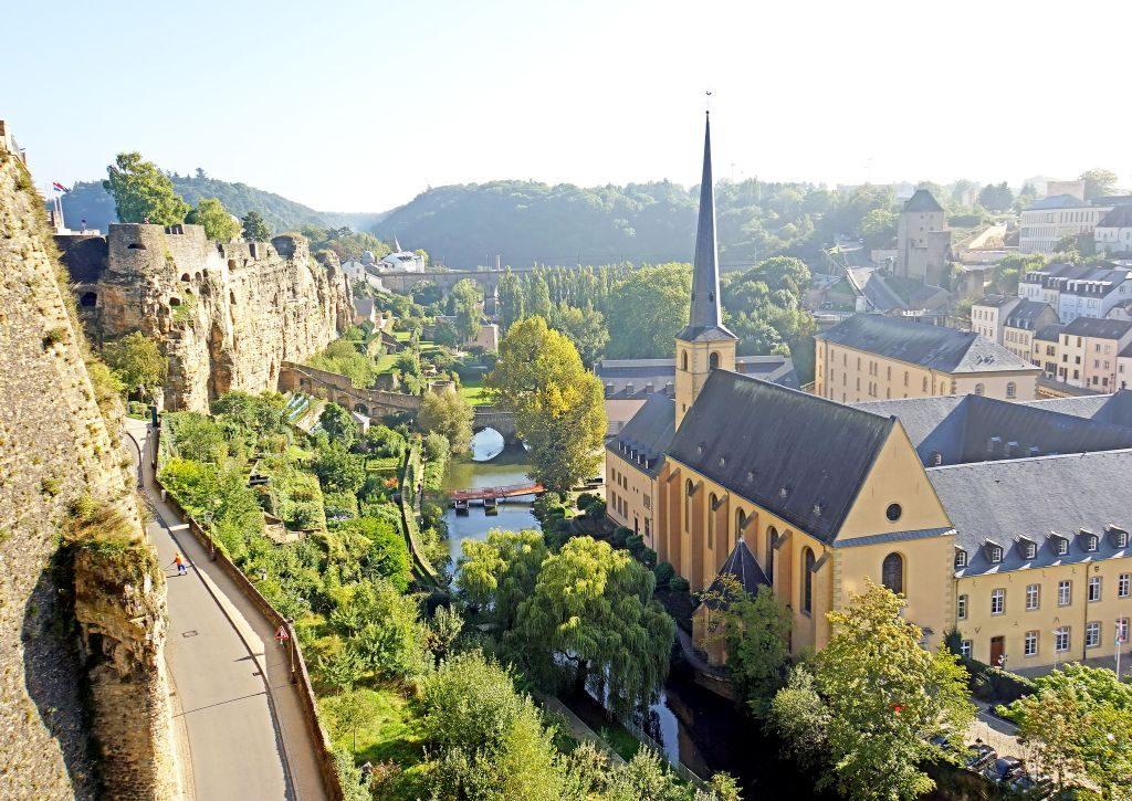 Things to do in Luxembourg - take a stroll on the Chemin de la Corniche-min