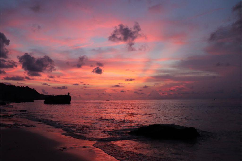 Uluwatu-perfect-place-in-Bali-for-honeymoon