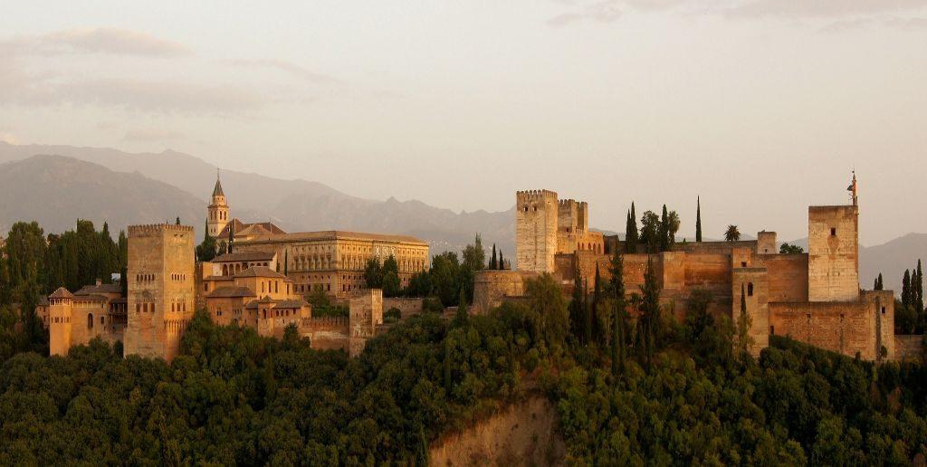 2 days in Granada - enjoy the views from Mirador San Nicolás