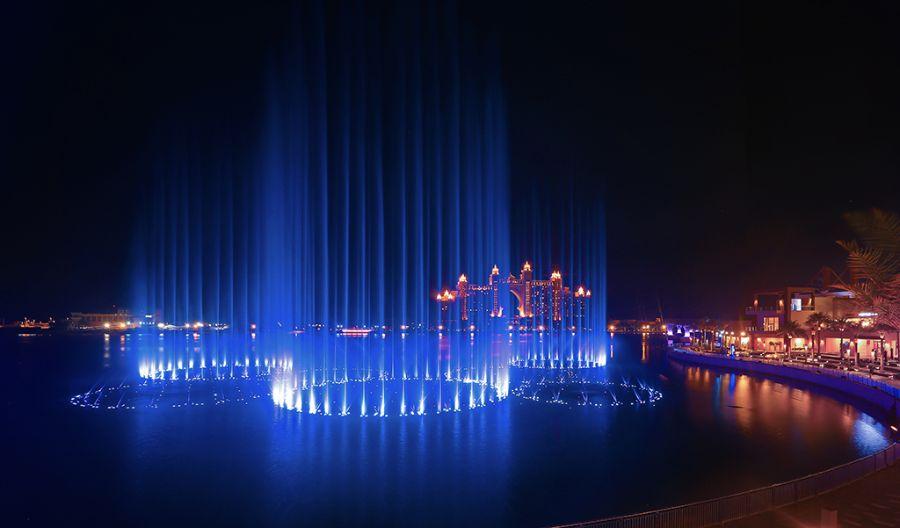 Palm Fountain Show